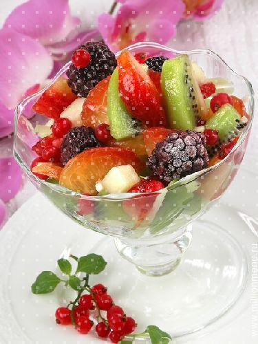 Как украсить фруктовый салат в креманках